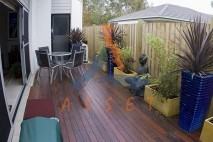 Ground level timber deck, Wakerley