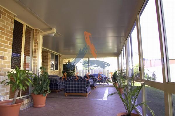 Room enclosures brisbane insulated patio brisbane ipswich for Garden rooms ipswich