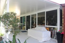 Flat-style-patio,-insulated,-Regents-Park