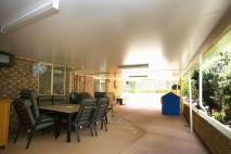 Flat-style-patio,-insulated,-Tarragindi