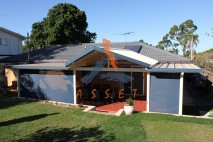 Gable-style-patio,-single-skin-bow-front,-Springwood-1