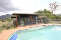 Flat angled patio, insulated, Mt Samson (2)