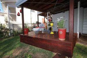 Low level decking, Bardon (3)