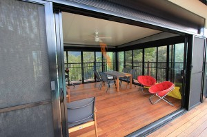 Split level deck and pool room, Mt Samson (4)