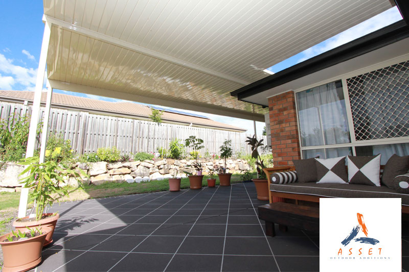 Vline Patio, Single Skin with build over design in Ipswich