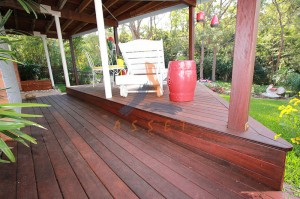 Low level decking, Bardon
