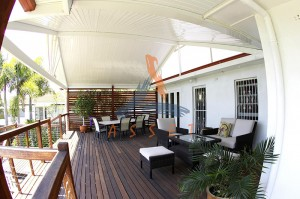 Multi level timber deck, Bulimba 3