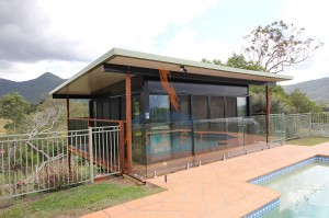 Split level deck and pool room, Mt Samson (1)